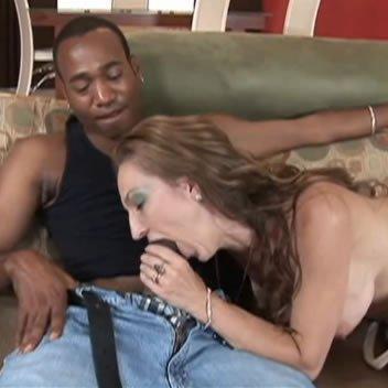 MILF és fekete szeretője