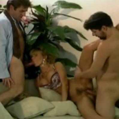 Dolly szexpartiban baszik